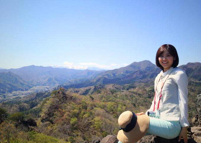 岩櫃山頂上にて 2